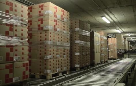 Flujos continuos de mercaderías con transportadores de pallets