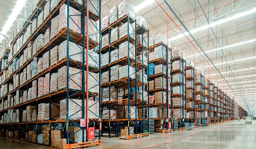 Capacidad de almacenaje y agilidad en el nuevo depósito de Armazém Mateus