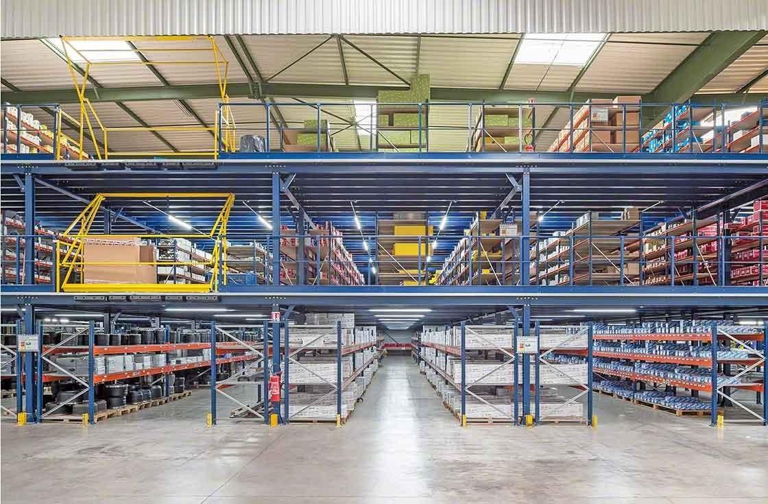 Panorama de las tres plantas de almacenamiento de PAVI-Groupauto