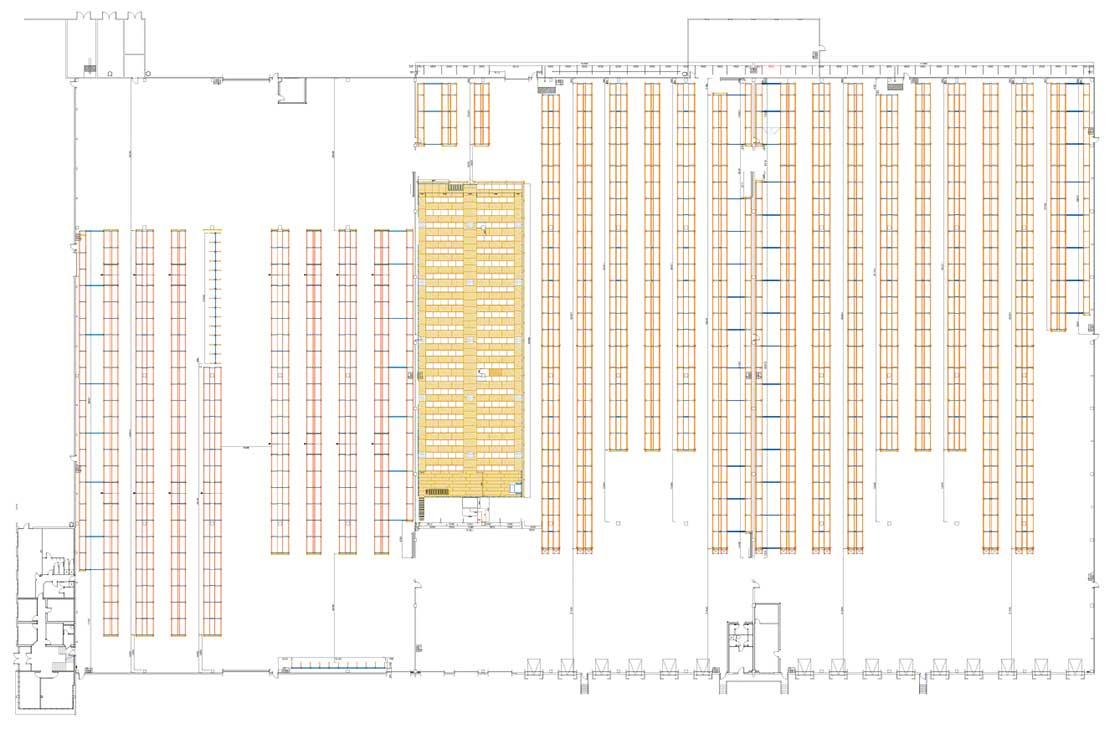 'Layout' de un depósito sectorizado con zona de almacenamiento, picking y estanterías cantilever