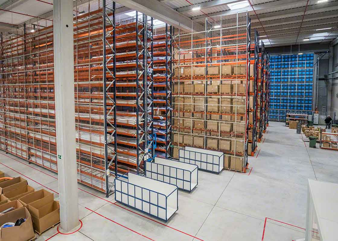 El sobrestock producido por el efecto látigo puede poner contra las cuerdas la capacidad de almacenamiento de las instalaciones