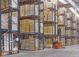 Dos sistemas de almacenamiento en el centro de distribución de Eurofred en España